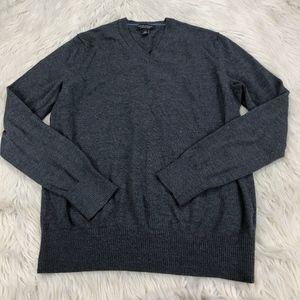 Banana Republic 100% Merino Pull Over Sweater